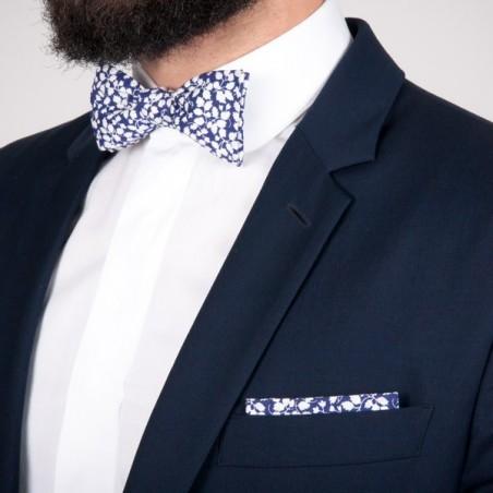 Pochette de costume Liberty Glenjade Bleu marine / Blanc