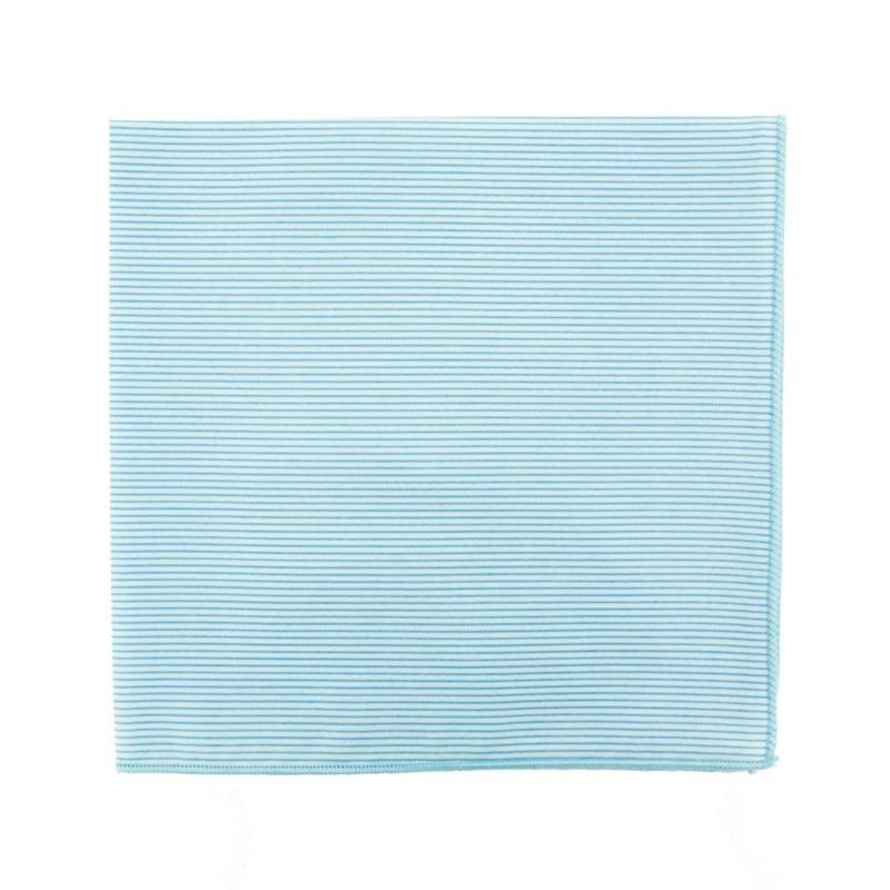 Pochette de costume à fines rayures bleu ciel