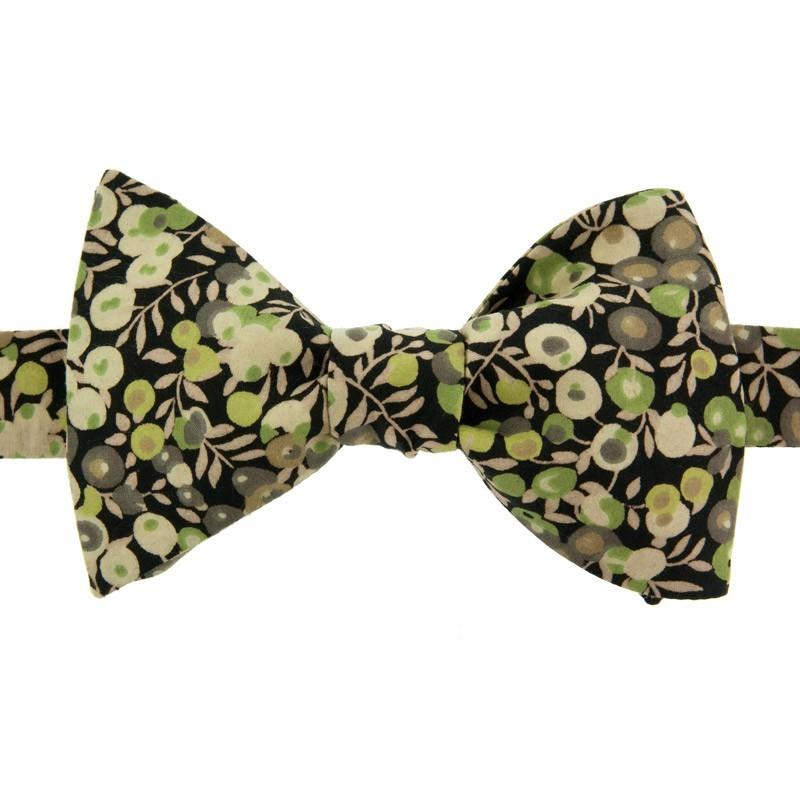noeud papillon liberty wiltshire vert noir le colonel moutarde. Black Bedroom Furniture Sets. Home Design Ideas