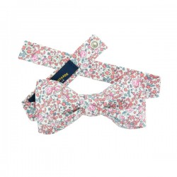 Teenager bow tie