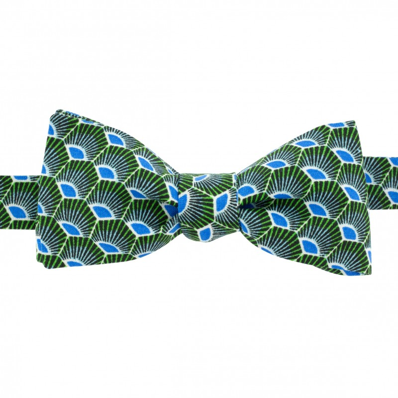 b8f63042a824 Green parrot Gatsby bow tie